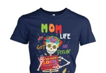 Mom life got me feelin' un poco loco women's crew tee