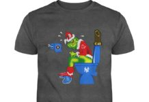 Boston Red Sox Grinch Sitting On New York Yankees Toilet shirt