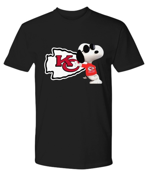NFL kansas city chiefs snoopy shirt